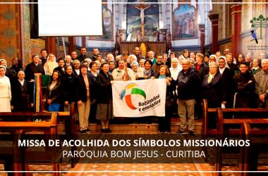 Acolhida dos Símbolos do Mês Missionário Extraordinário em Curitiba